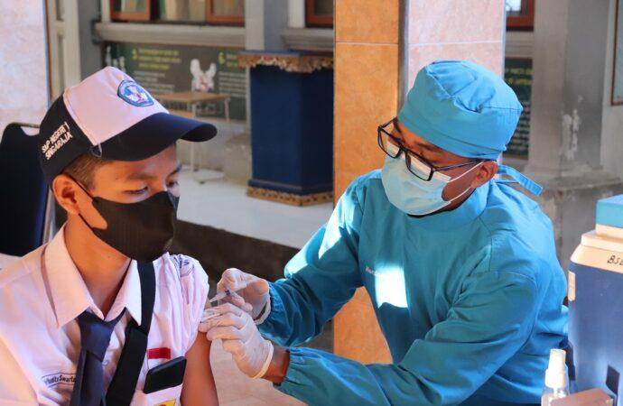 Dengan Prokes Ketat, Buleleng Mulai Vaksin Anak Usia 12-17 Tahun