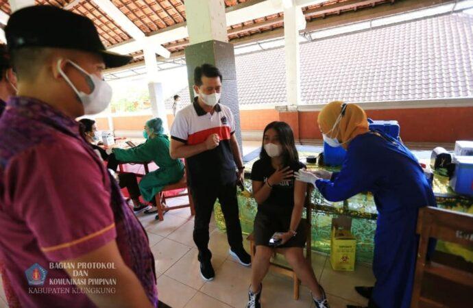 Di Klungkung, Siswa Semangat Vaksinasi Covid-19
