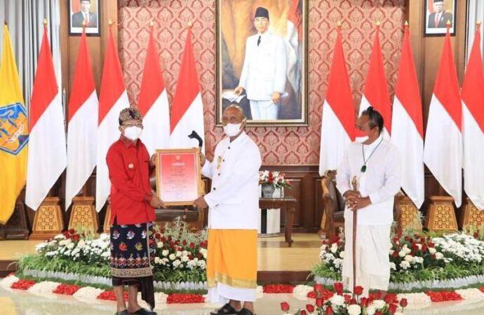 Empat Tokoh Bali Dianugerahi Dharma Kusuma