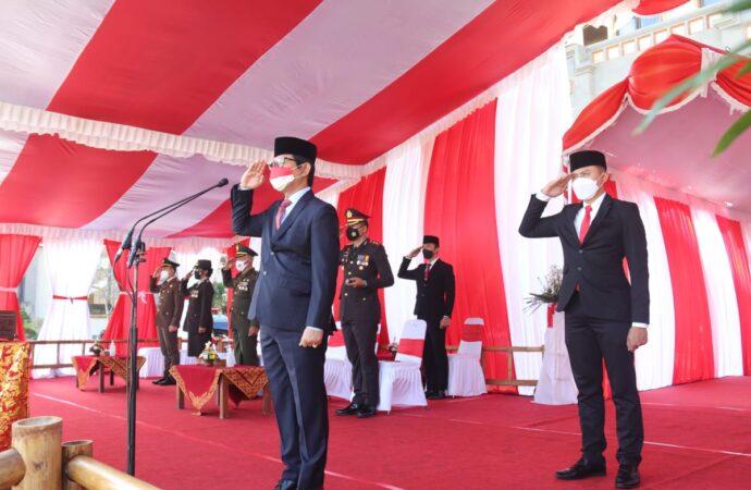 Upacara Peringatan Kemerdekaan RI ke-76 di Puspem Badung