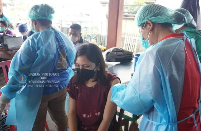 Sasar 214 orang,  Vaksinasi Covid-19 di Desa Tihingan