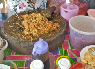 Delicious Tipat Cantok a la Gek Norma