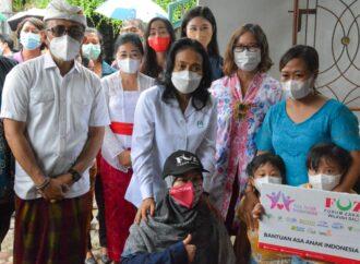 Menteri PPPA Bantu Anak Yatim di Kota Denpasar