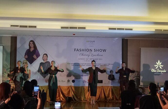 Aneka  Endek Warnai Fashion Show di Four Star by Trans Hotel