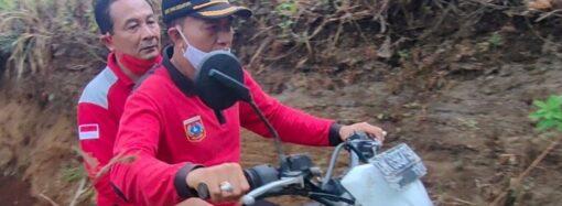Desa Ban, Lokasi Terparah Gempa Bumi. Ditinjau Langsung Bupati Gede Dana