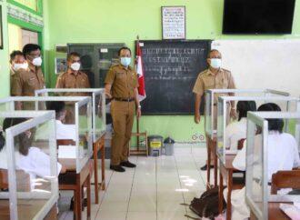 PTMT Hari Pertama di Buleleng, Siswa Bersemangat ke Sekolah