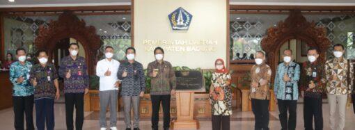 Bupati Jombang Studi Banding Pembentukan PD Pasar di Badung
